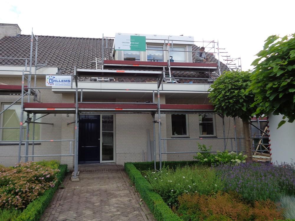 Renovatie overstekken woonhuis - Beers